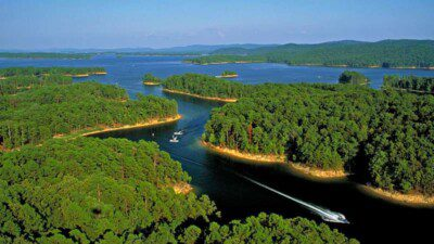 Wakeboarding, Waterskiing, and Cable Wake Parks in Mountain Pine: Lake Ouachita State Park Marina