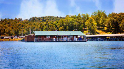 Wakeboarding, Waterskiing, and Cable Wake Parks in Mountain Home: Tracy Ferry Marina