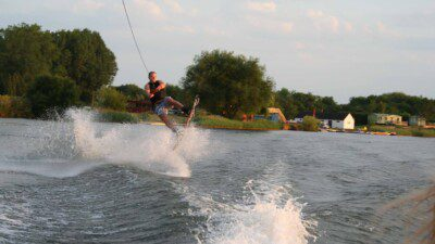 WakeScout listings in Gloucestershire: Fairford Water Ski Club
