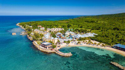 Wakeboarding, Waterskiing, and Cable Wake Parks in Runaway Bay: Jewel Paradise Cove