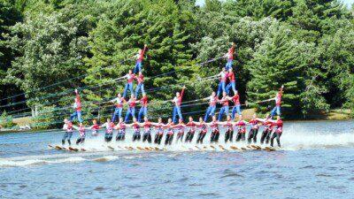 Badgerland Water Ski Show Team