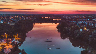 Wakeboarding, Waterskiing, and Cable Wake Parks in Poznan: WakeCity