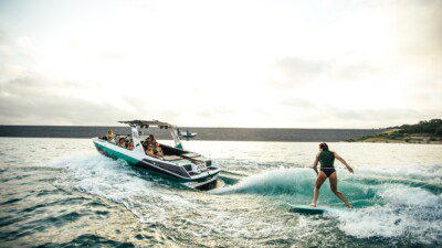 Wakeboarding, Waterskiing, and Cable Wake Parks in Drummondville: Drummondville Marine Watersports Academy