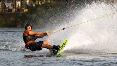 Wakeboarding, Waterskiing, and Cable Wake Parks in Goianiaa: Wake Brothers Park Jao