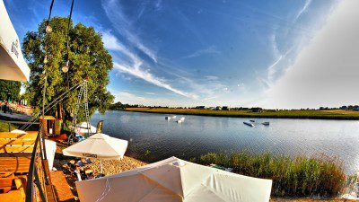 Wakeboarding, Waterskiing, and Cable Wake Parks in Srem: Wakeplace Srem