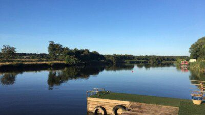 Wakeboarding, Waterskiing, and Cable Wake Parks in Frodsham: Frodsham Watersports