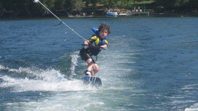 Water Sport Schools in Ontario: Muskoka Wake – Lake of Bays