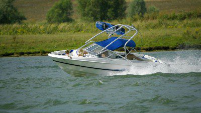 Wakeboarding, Waterskiing, and Cable Wake Parks in Rushden: Nene Valley Waterski Club