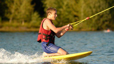 Wakeboarding, Waterskiing, and Cable Wake Parks in Harkstede: Break Out – Grunopark